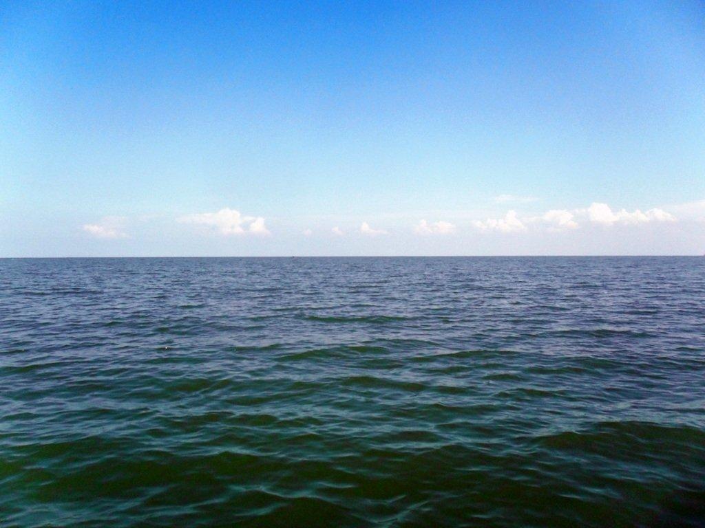 В походе яхтенном, начало, 23 августа, море Азовское 004