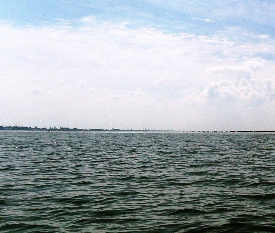 В море, на яхте, у Ачуевской косы, август...002. 007