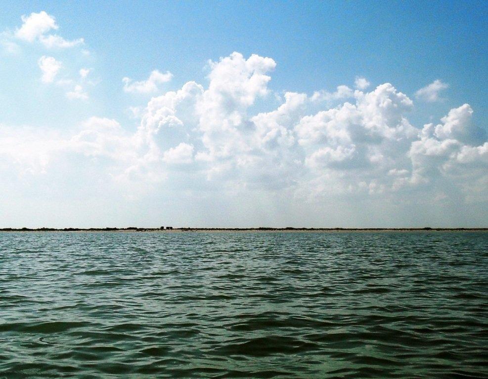 В море, на яхте, у Ачуевской косы, август...002. 006