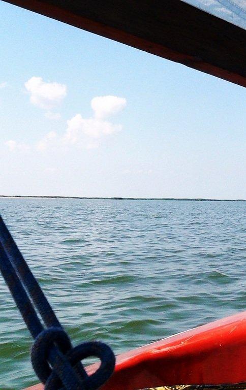 В море, на яхте, у Ачуевской косы, август...002. 005