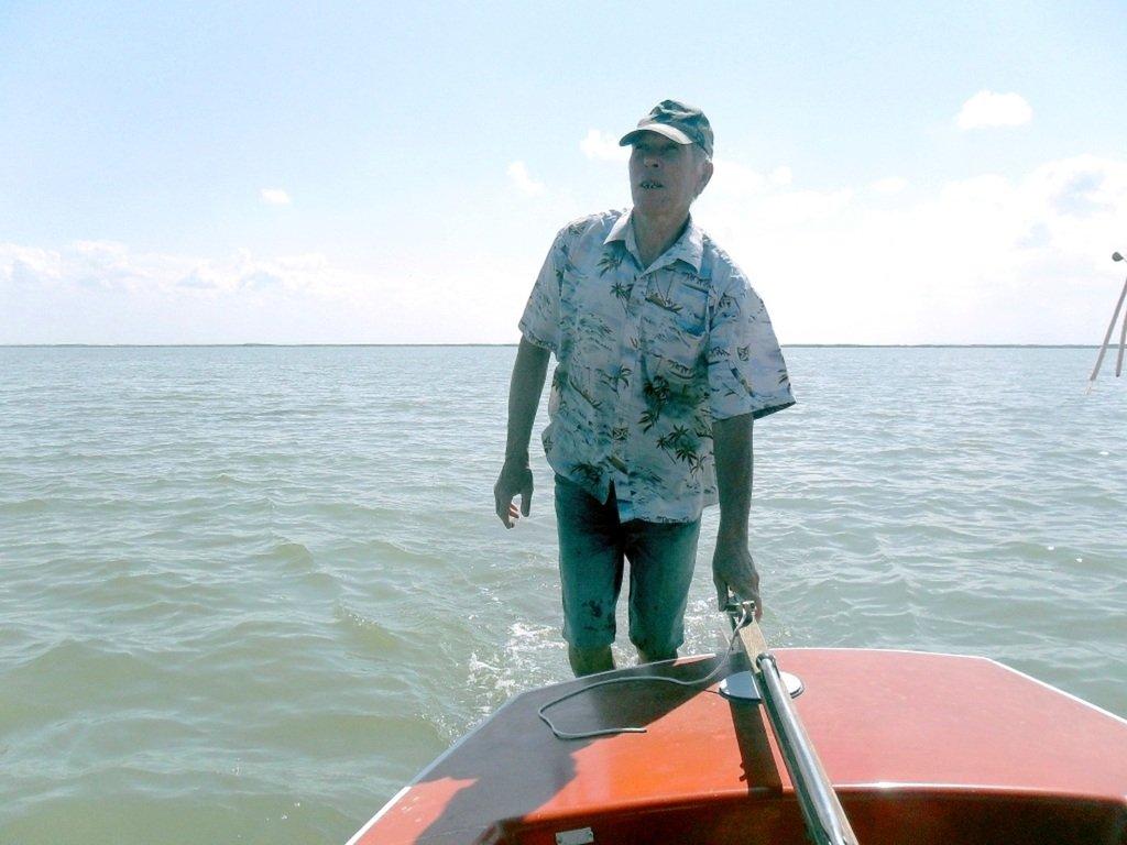 У Ачуевской косы, в яхтенном походе, август, с парусом... 003. 009