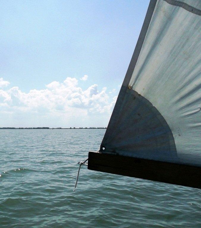 На яхте, в походе, август, море Азовское... 004. 012