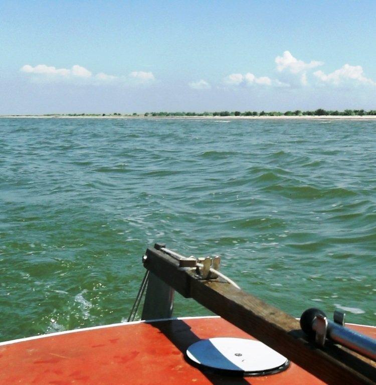 Азовское море, у берегов, Ачуевская коса, яхтенный поход... 006 ... 001