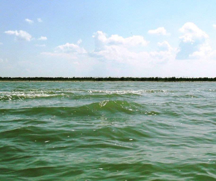 Азовское море, у берегов, Ачуевская коса, яхтенный поход... 006 ... 003