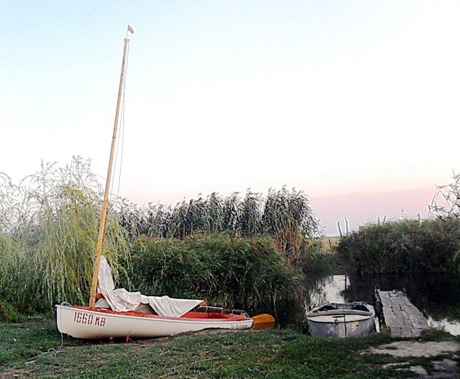 На стоянке яхтенной, туризм, Ачуевская коса, Приазовье. 014. 006