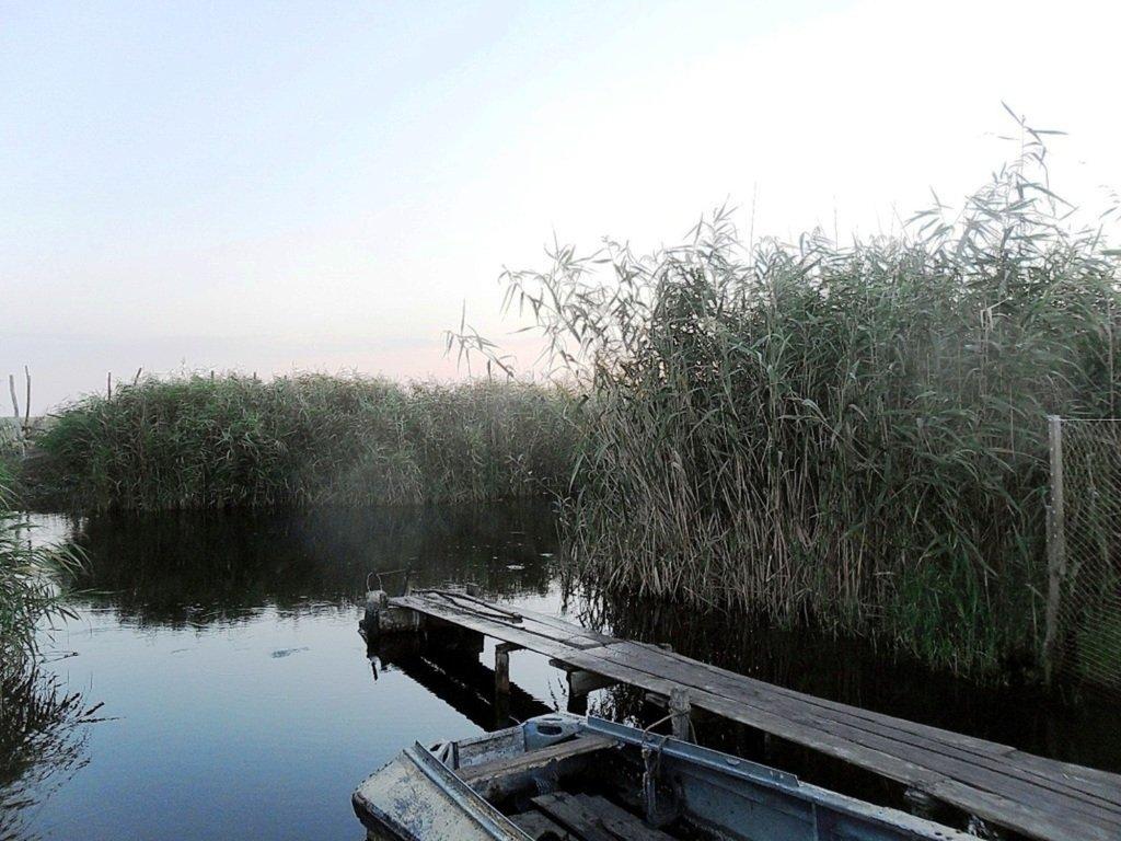Утро, в походе яхтенном, Ачуевская коса, на водных дорогах... 015. 006