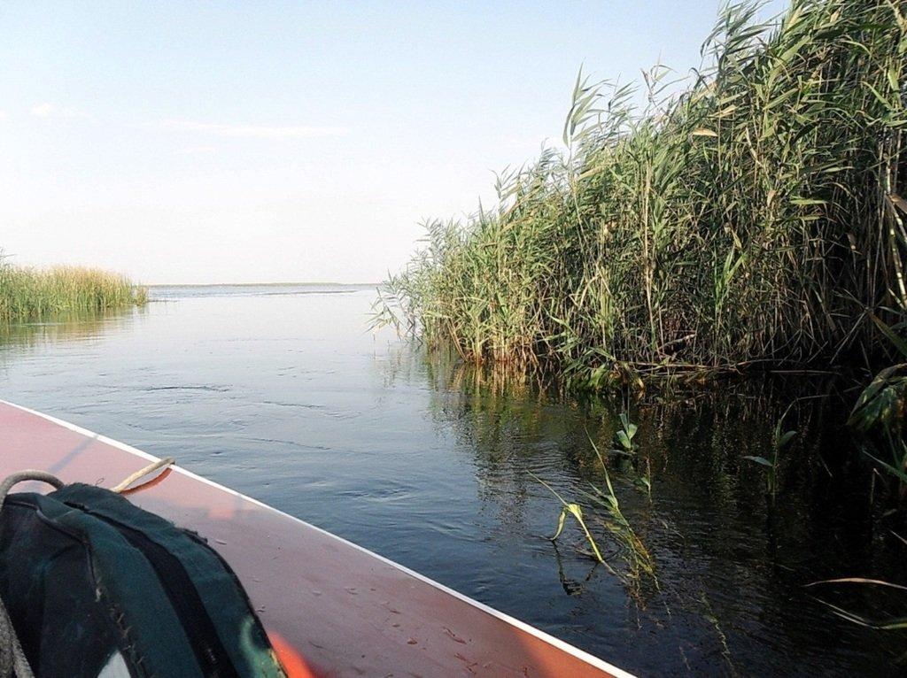 Утро, в походе яхтенном, Ачуевская коса, на водных дорогах... 015. 010