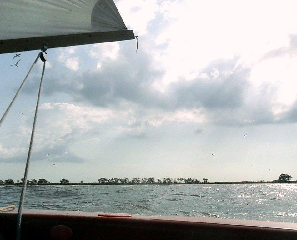 В море, при хорошем ветре, волнение, облачность... 018. 007