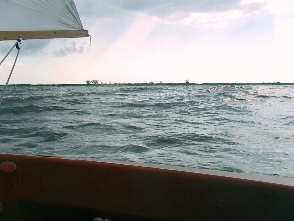 В море, при хорошем ветре, волнение, облачность... 018. 001