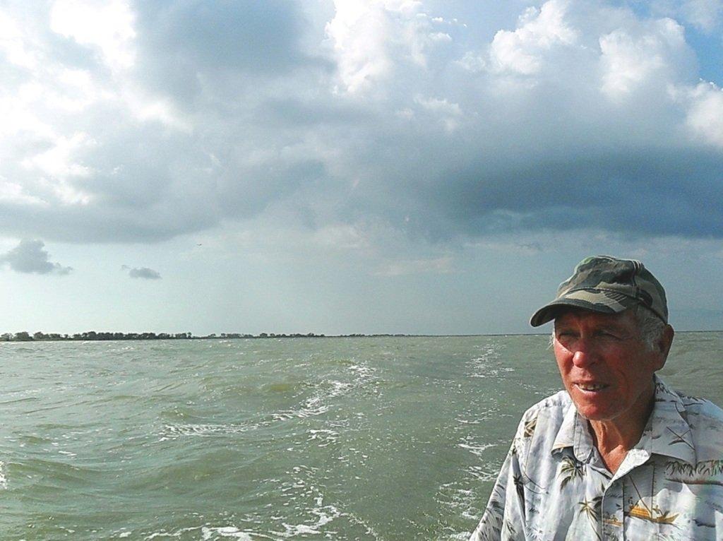 В море, при хорошем ветре, волнение, облачность... 018. 009