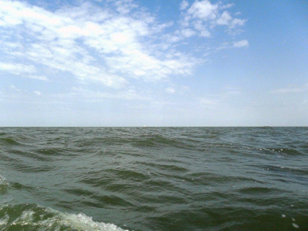 В море Азовском, на переходе, под парусом, свежий ветер... 019. 011