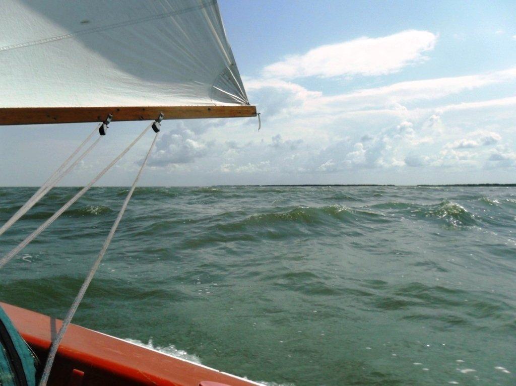 В море Азовском, на переходе, под парусом, свежий ветер... 019. 012