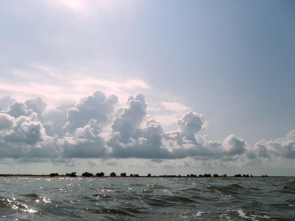В море Азовском, на переходе, под парусом, свежий ветер... 019. 008