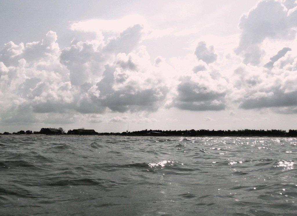 В море Азовском, на переходе, под парусом, свежий ветер... 019. 002
