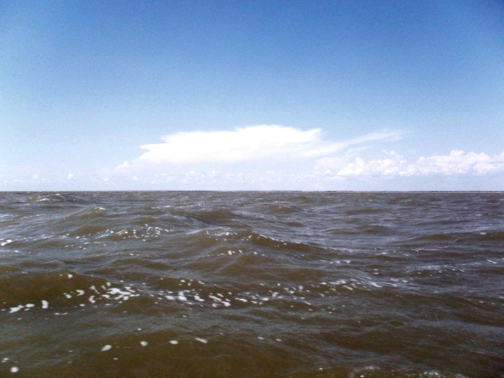 На яхте, в море, волна и ветер, с парусом... 020. 010