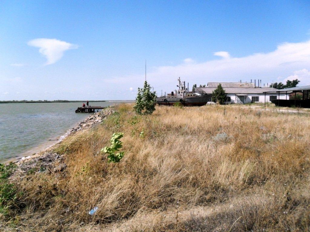 У Ясенской косы, в проливе Бейсугском, на Ясенской Переправе, с яхтой... 021. 005