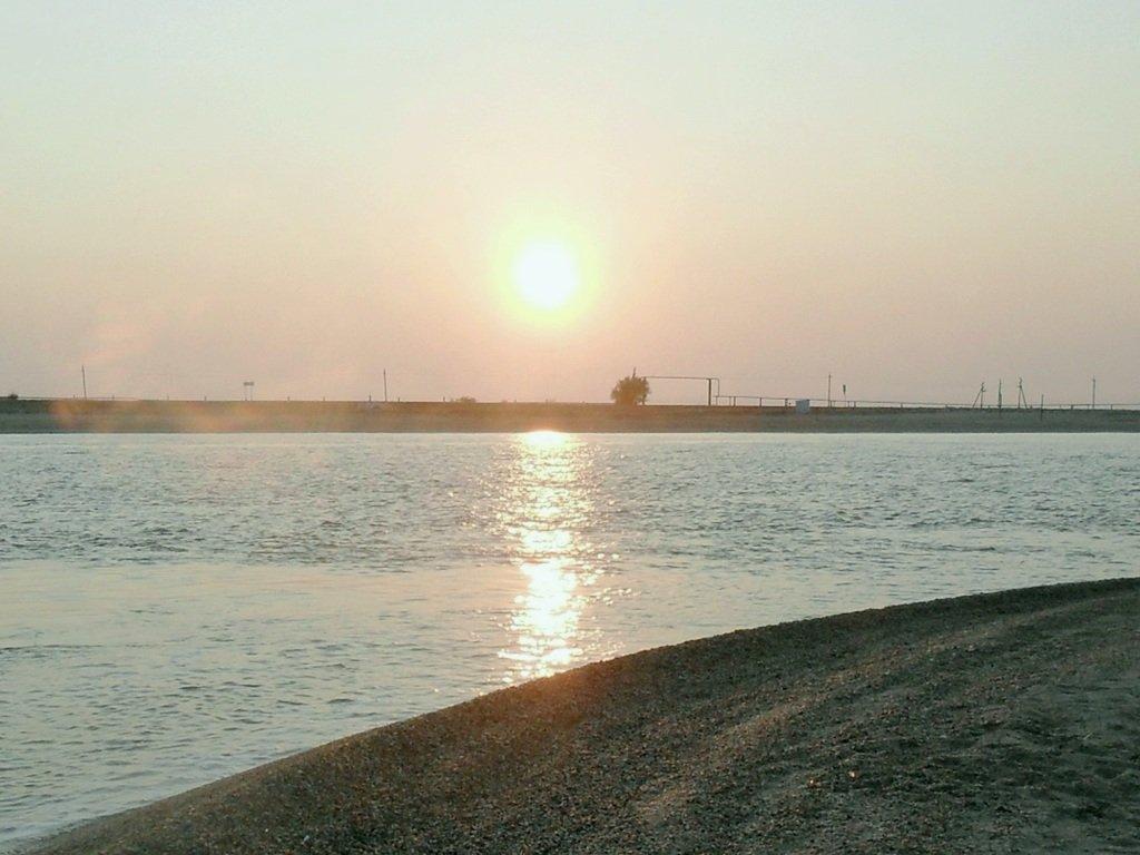 Утро, в августе, у пролива, на Ясенской косе... 027. 011