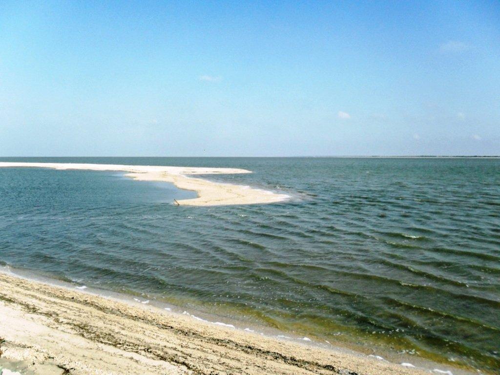 День солнечный, в походе, у моря, на косе Ясенской... 030. 002