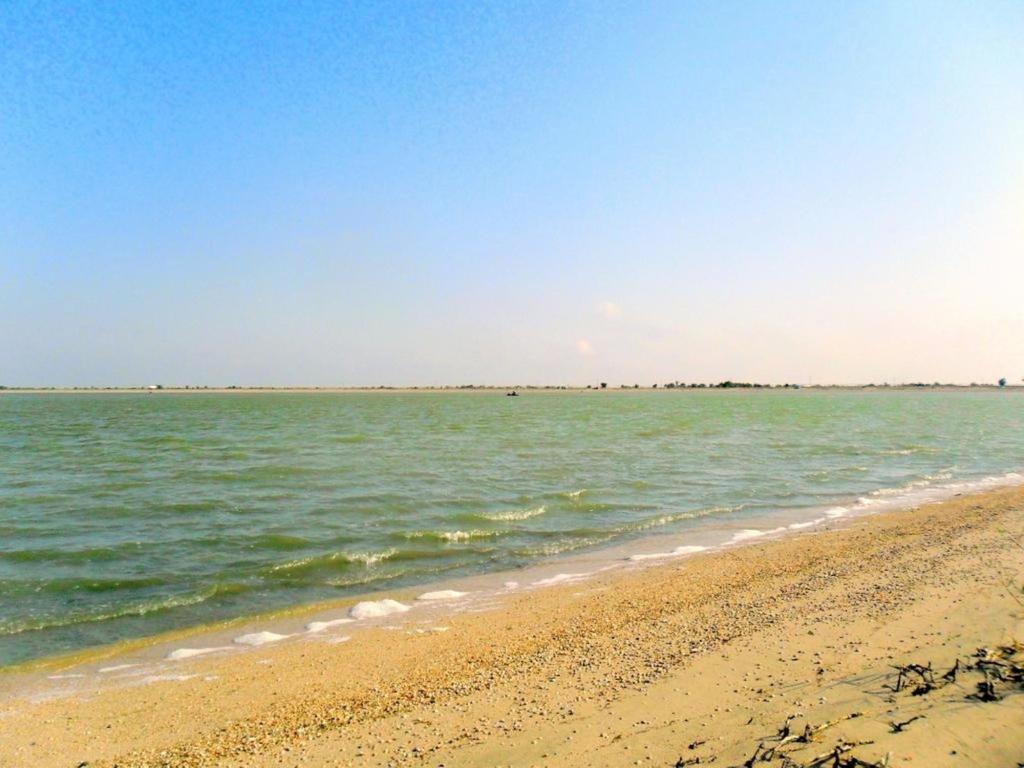 В походе, на Природе, у моря, в августе, у пролива... 031. 002