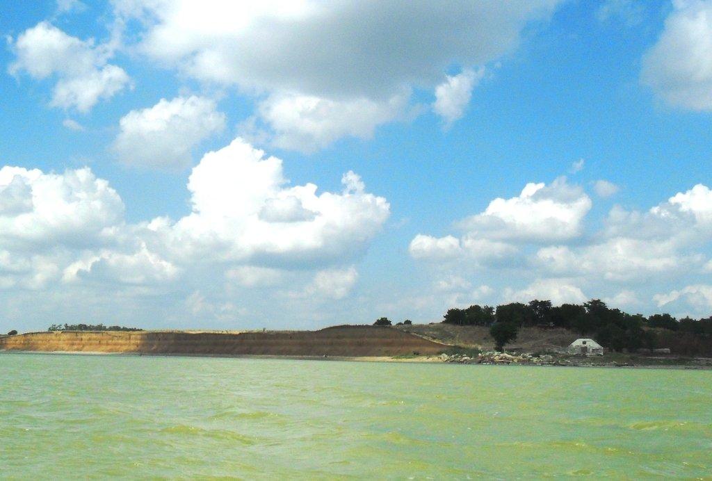 На яхте, море Азовское, у Шиловки, август... 037. 005