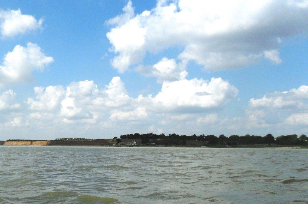 На яхте, море Азовское, у Шиловки, август... 037. 002