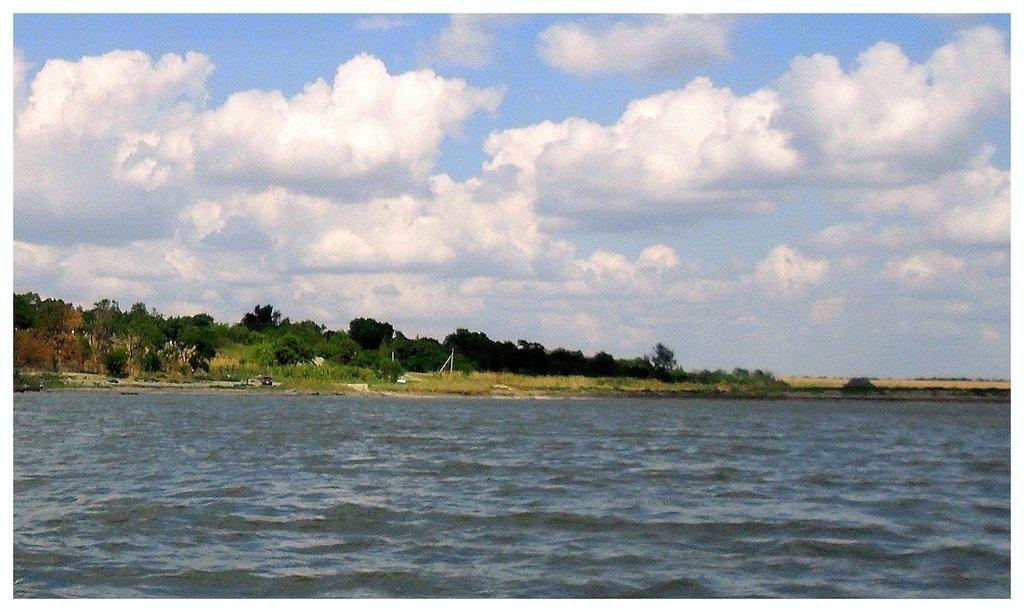 В море, на яхте, у Азовских берегов, август... 038. 005
