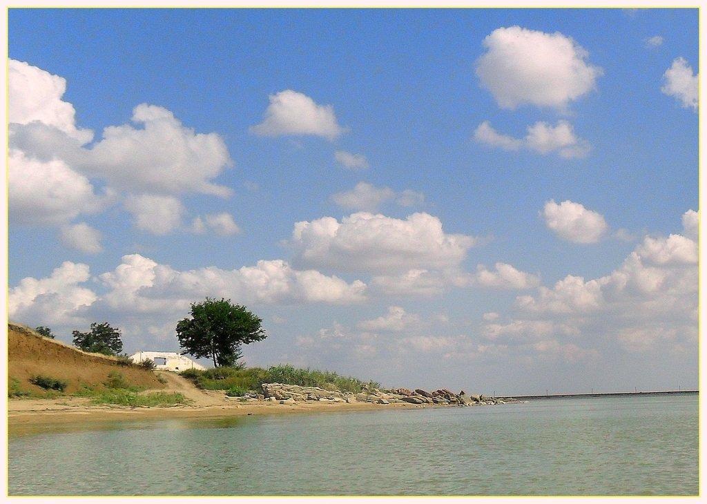 В море, на яхте, у Азовских берегов, август... 038. 003