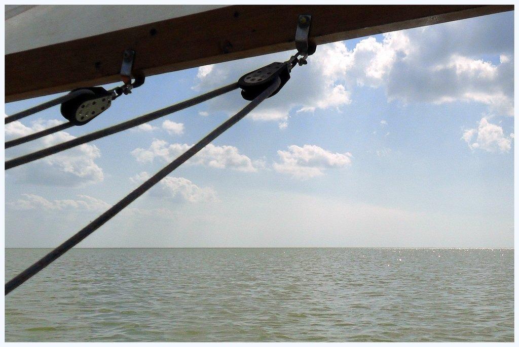 В море, на яхте, у Азовских берегов, август... 038. 002