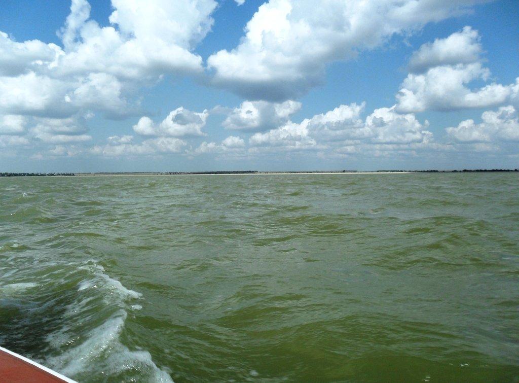 В море, под облаками, август, под парусом... 039. 006
