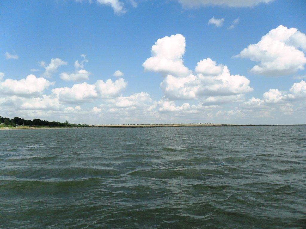 В море, под облаками, август, под парусом... 039. 004