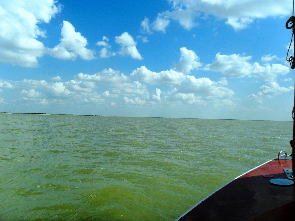 В море, под облаками, август, под парусом... 039. 005