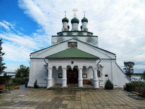 Церковь Богоявления Господня в Богоявленском Мстёрском монастыре