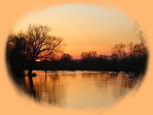 хороши апрельские закаты и разливы рек