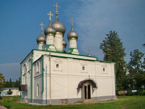 Собор Рождества Пресвятой Богородицы в Солотчинском монастыре