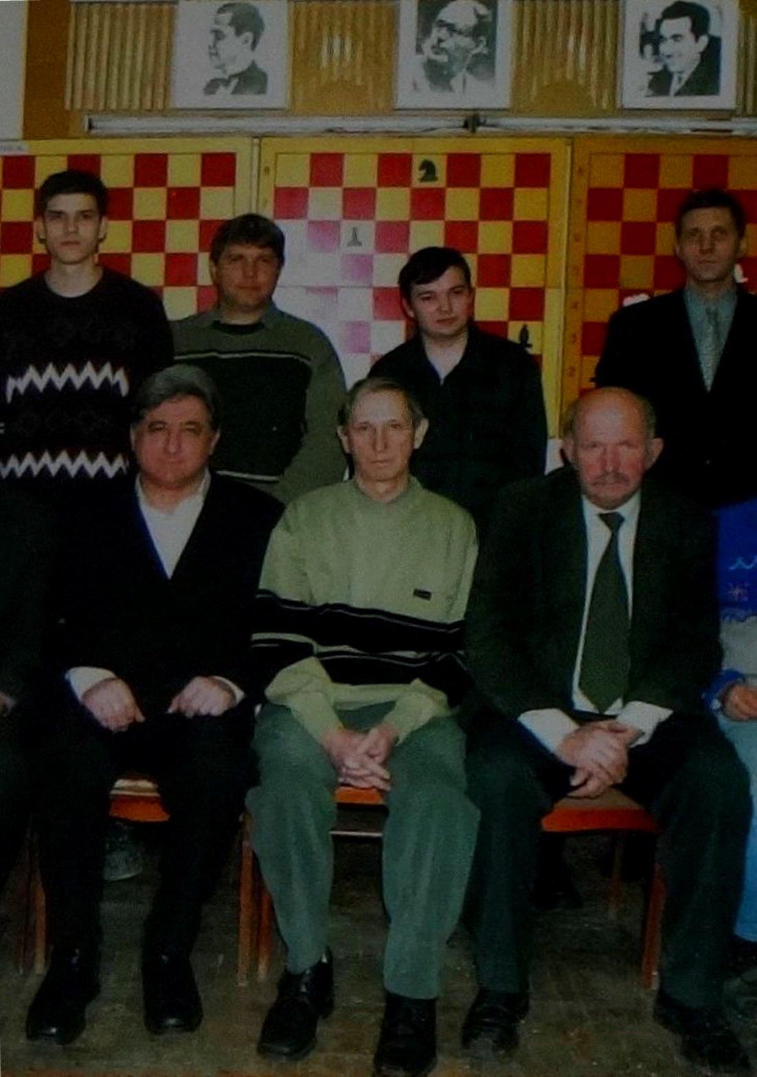 Из фотоальбома шахматиста...