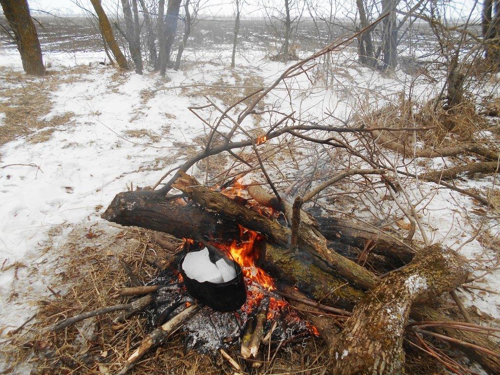 На стоянке туристической, у костра, В походе зимнем, Азовское побережье, туризм, февраль...003. 004