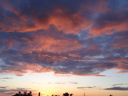 Закатное небо июня