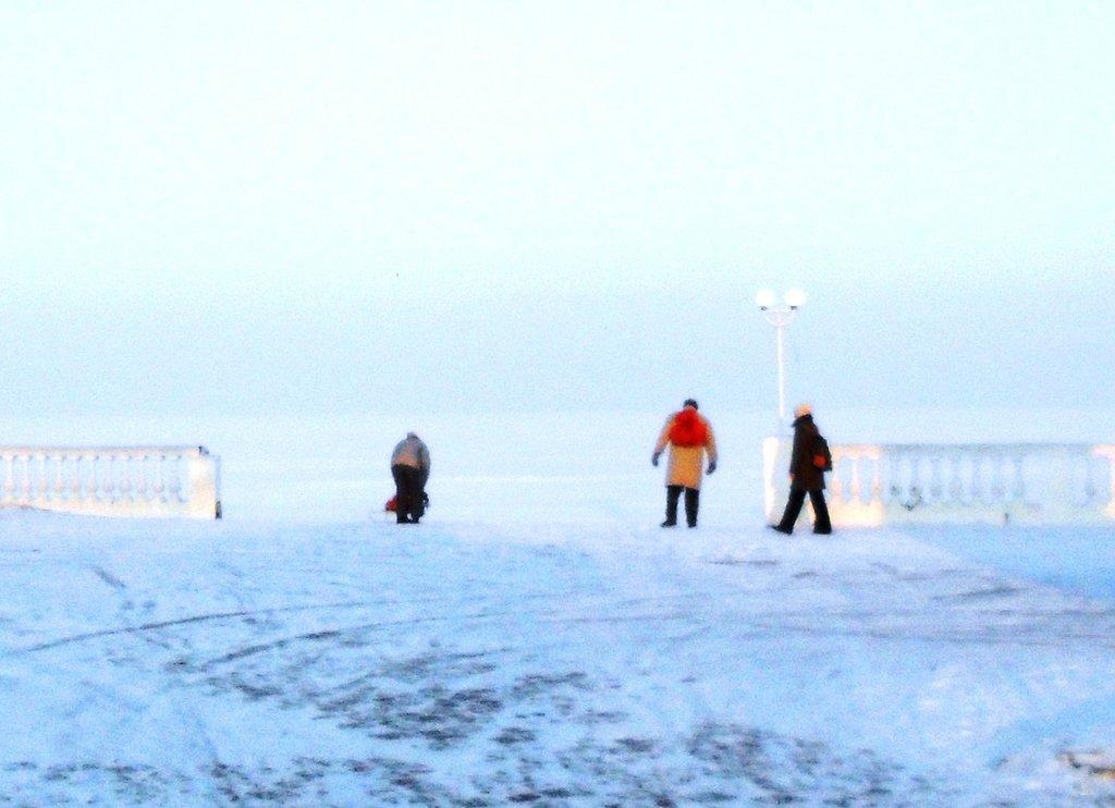 В походе, Зима, у моря, снег...001. 002. 006