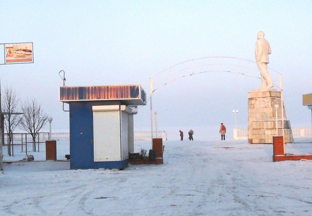 В походе, Зима, у моря, снег...001. 002. 005