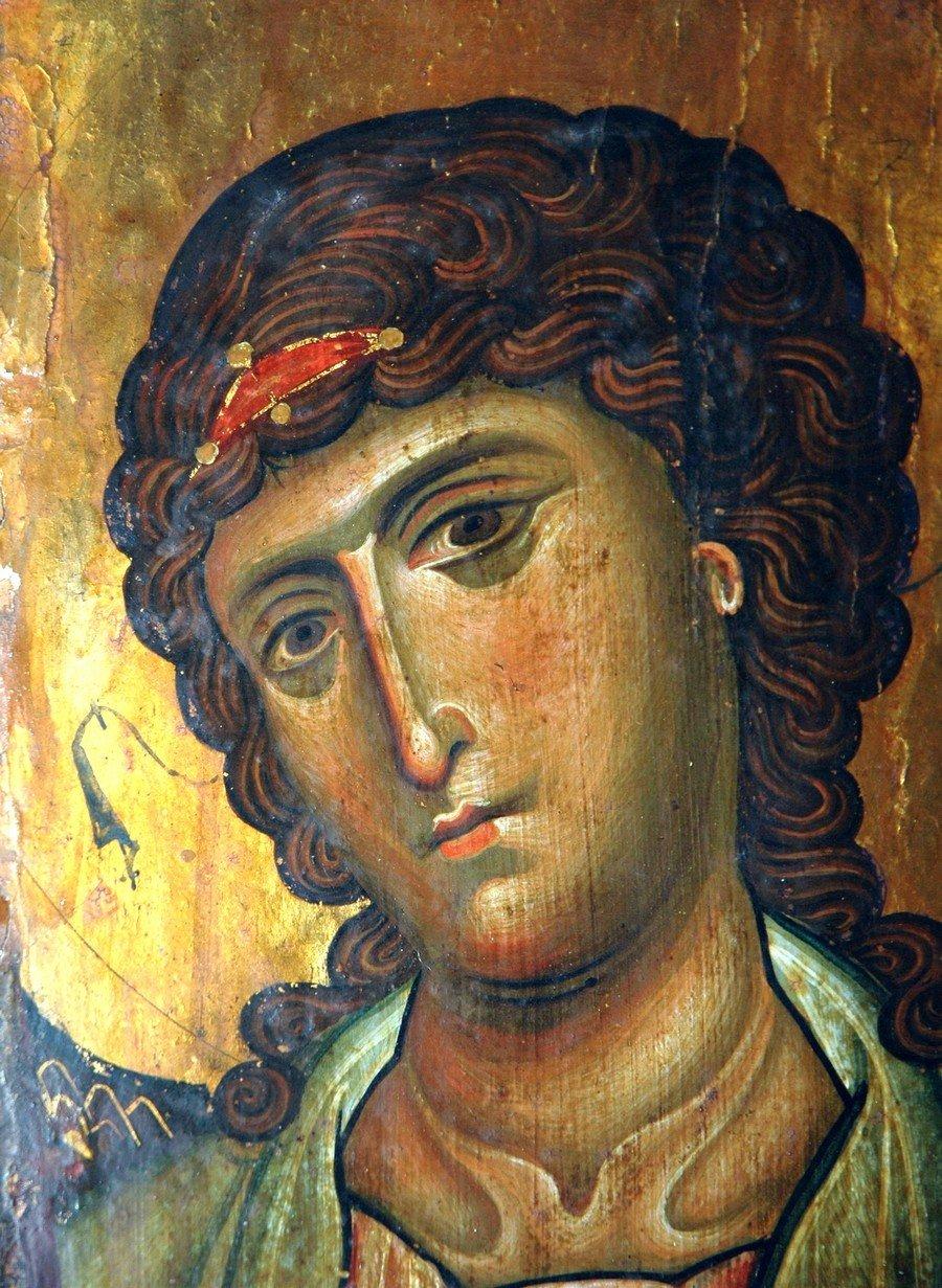 Архангел Гавриил. Византийская икона начала XIII века. Монастырь Святой Екатерины на Синае. Фрагмент.