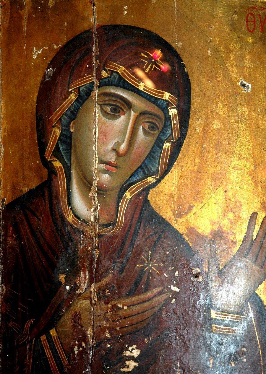 Пресвятая Богородица. Византийская икона начала XIII века. Монастырь Святой Екатерины на Синае.