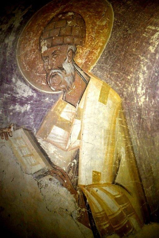 Святитель Спиридон, Епископ Тримифунтский, Чудотворец. Фреска Феофана Грека в церкви Спаса Преображения на Ильине улице в Новгороде. 1378 год.