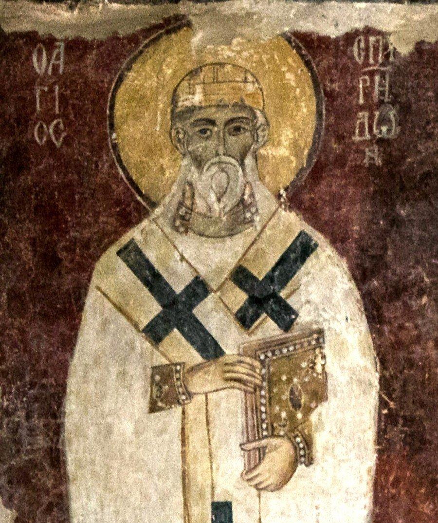 Святитель Спиридон, Епископ Тримифунтский, Чудотворец. Византийская фреска в церкви Старая Митрополия в Верии, Греция.