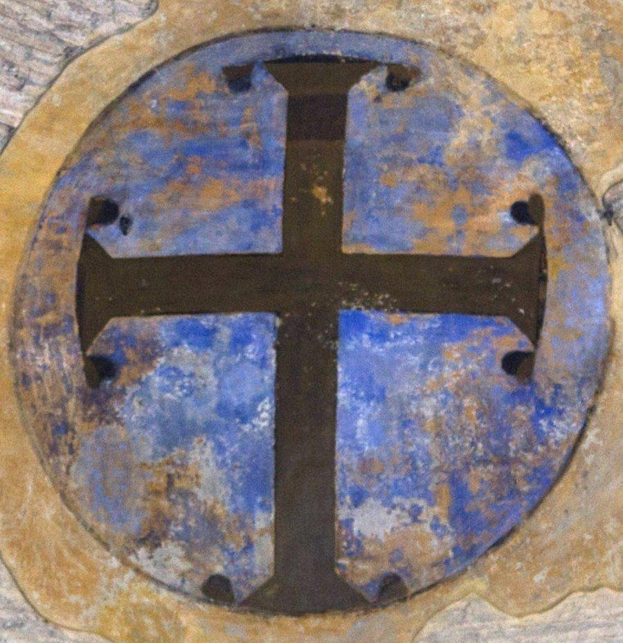 Святой Крест. Фреска церкви Панагии Ахиропиитос в Салониках, Греция.