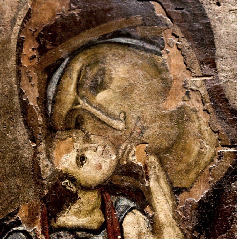 """Икона Божией Матери """"Гликофилуса"""". Византия, XII век. Византийский музей в Афинах. Фрагмент."""