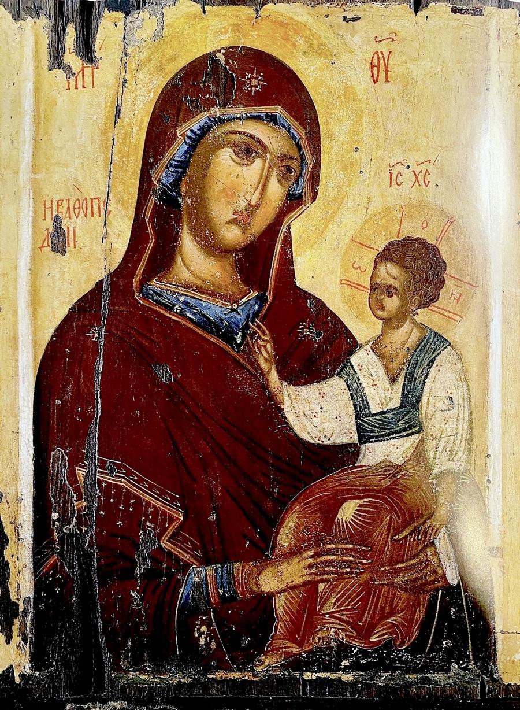 Пресвятая Богородица с Младенцем. Византийская икона в монастыре Ватопед на Афоне.
