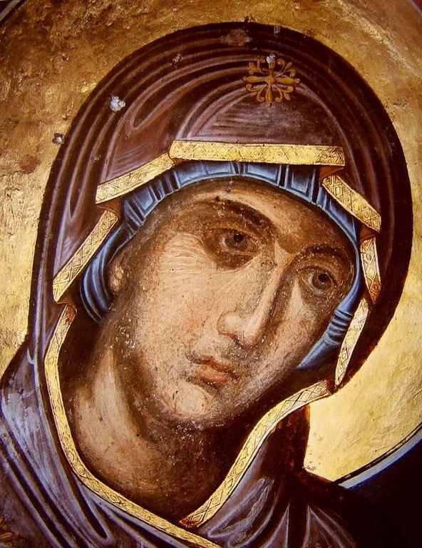 Лик Пресвятой Богородицы. Византийская фреска.