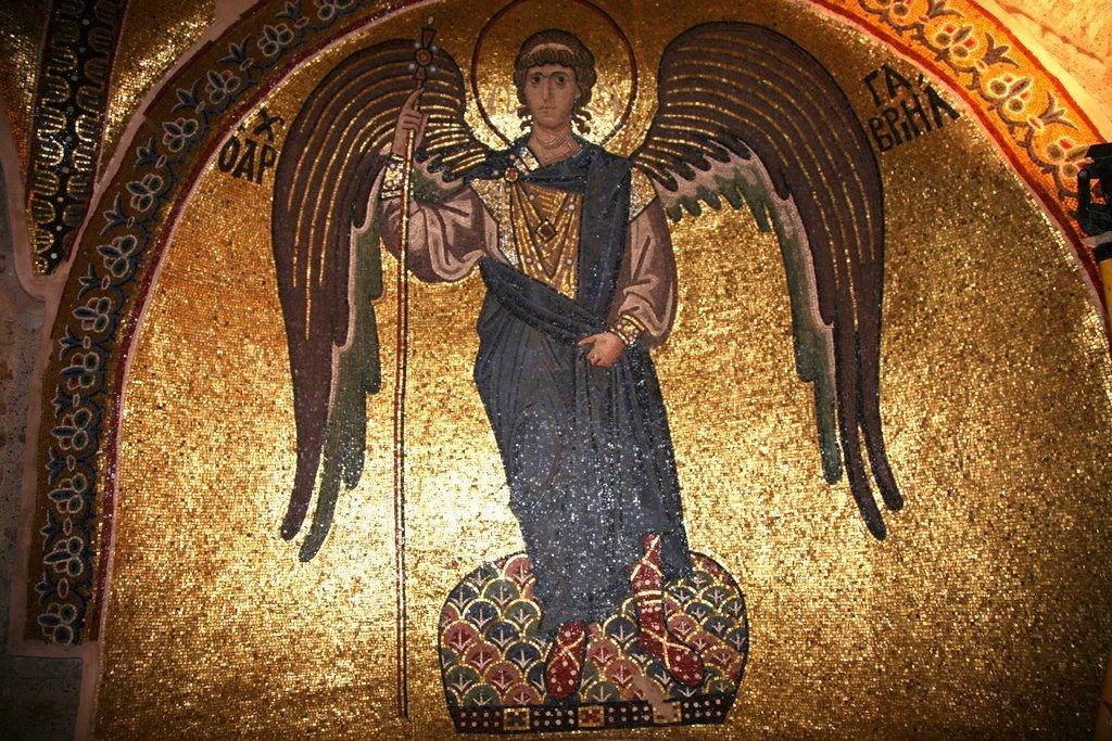 Архангел Гавриил. Мозаика монастыря Дафни близ Афин. Вторая половина XI века.