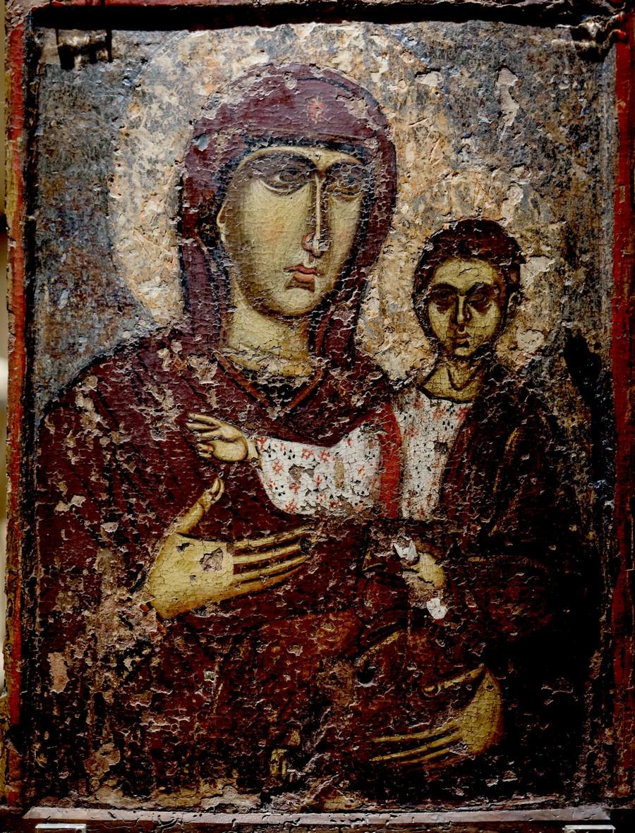 """Икона Божией Матери """"Одигитрия"""". Византия, XIII век. Происходит из города Верия (греческая Македония). Византийский музей в Афинах."""