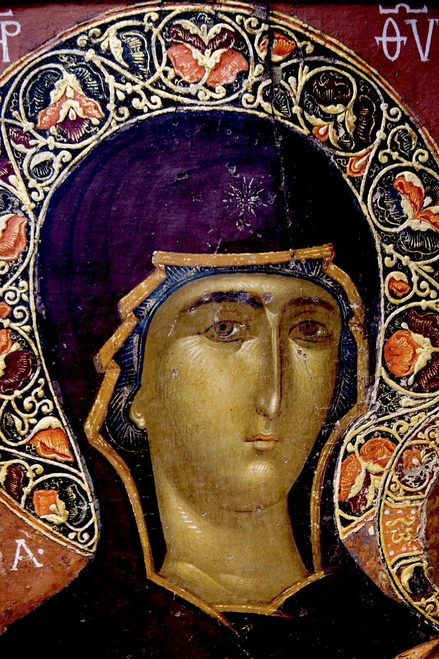 """Икона Божией Матери """"Одигитрия"""". Византия, начало XV века. Византийский музей в Кастории, Греция. Фрагмент."""